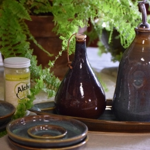 Olive Oil, Herb Shaker & Dipping Plates